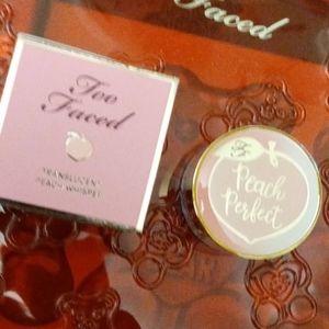 🍑 Peach Perfect  Setting Powder  (Mini)